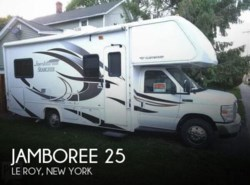 Used 2015 Fleetwood Jamboree 25 available in Le Roy, New York