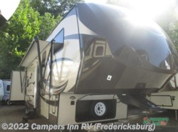 Used 2015  Forest River Salem Hemisphere 356QBH by Forest River from Campers Inn RV in Stafford, VA