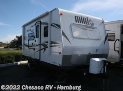 Used 2014  Forest River Rockwood 2104S by Forest River from Chesaco RV in Shoemakersville, PA