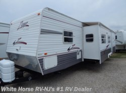Used 2007  CrossRoads Zinger 32SB Two Bedroom Double Slideout by CrossRoads from White Horse RV Center in Williamstown, NJ