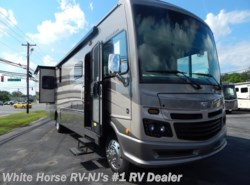 New 2017  Fleetwood Bounder 35K L-Lounge Bath and One Half by Fleetwood from White Horse RV Center in Williamstown, NJ