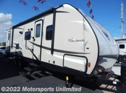 New 2017  Coachmen Freedom Express 28SE by Coachmen from Motorsports Unlimited in Mcalester, OK