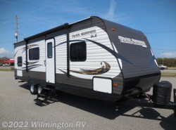 Used 2016  Heartland RV Trail Runner SLE 255 SLE by Heartland RV from Wilmington RV in Wilmington, NC
