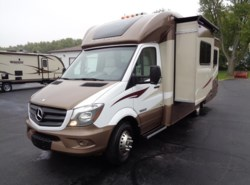 Used 2016  Winnebago View 24G by Winnebago from Winnebago Motor Homes in Rockford, IL