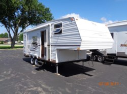 Used 2002 Jayco Qwest 237 A available in Rockford, Illinois