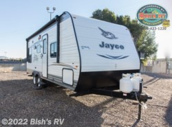 New 2017  Jayco Jay Flight SLX 212QBW by Jayco from Bish's RV Supercenter in Idaho Falls, ID