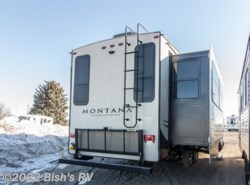 New 2017  Keystone Montana HC 310RE by Keystone from Bish's RV Supercenter in Idaho Falls, ID