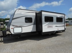 Used 2016 Dutchmen  262BH available in Peru, Indiana