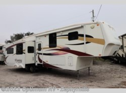 Used 2009 Coachmen Wyoming  364SIQS available in Zephyrhills, Florida