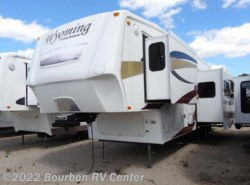 Used 2008  Coachmen Wyoming  342BHTS by Coachmen from Bourbon RV Center in Bourbon, MO