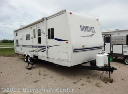 Used 2003  Keystone Hornet 30B by Keystone from Bourbon RV Center in Bourbon, MO