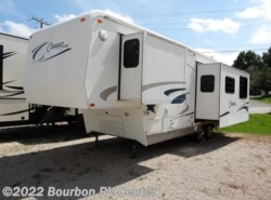 Used 2001  Carriage Cameo 30RKS by Carriage from Bourbon RV Center in Bourbon, MO