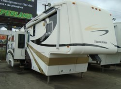 Used 2007  Teton Homes Experience Sunrise XT3 by Teton Homes from Camperland Trailer Sales in Conroe, TX