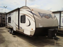 New 2016  Forest River Wildwood X-Lite 241QBXL by Forest River from Camperland Trailer Sales in Conroe, TX