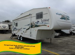 Used 2004  Forest River Wildcat 27RL by Forest River from Camperland Trailer Sales in Conroe, TX