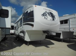 Used 2006  Forest River Cherokee 305K by Forest River from Capital RV Center, Inc. in Minot, ND