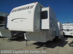 Used 2004  Nu-Wa Hitchhiker 345 by Nu-Wa from Capital RV Center, Inc. in Minot, ND