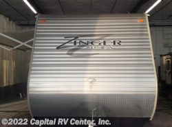 Used 2014  CrossRoads Zinger ZT33BH by CrossRoads from Capital RV Center, Inc. in Minot, ND