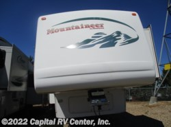Used 2005  Keystone Mountaineer 328RLS by Keystone from Capital RV Center, Inc. in Bismarck, ND