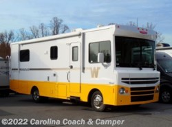 Used 2015  Winnebago Brave 27B by Winnebago from Carolina Coach & Marine in Claremont, NC