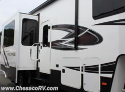 New 2017  Dutchmen Voltage V3805 by Dutchmen from Chesaco RV in Joppa, MD