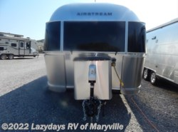 New 2017  Airstream Flying Cloud 25RB Twin by Airstream from Chilhowee RV Center in Louisville, TN