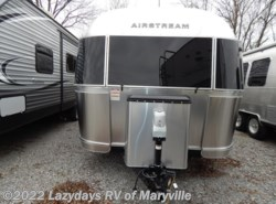 New 2017  Airstream Flying Cloud 30 Twin by Airstream from Chilhowee RV Center in Louisville, TN