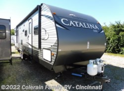 New 2017  Coachmen Catalina SBX 321BHDSCK by Coachmen from Colerain RV of Cinncinati in Cincinnati, OH