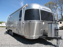New 2016  Airstream International Signature 25FB Twin by Airstream from Colonial Airstream & RV in Lakewood, NJ