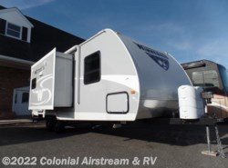 Used 2016  Winnebago Minnie 2351DKS by Winnebago from Colonial Airstream & RV in Lakewood, NJ