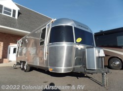 Used 2015  Airstream Flying Cloud 25FB Twin
