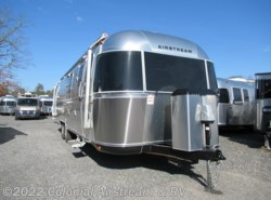New 2018 Airstream Classic 30RBQ Queen available in Lakewood, New Jersey
