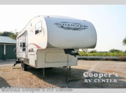 Used 2006  Keystone Outback Sydney 30FRKS by Keystone from Cooper's RV Center in Murrysville, PA