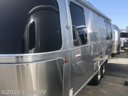 2018 Airstream International Signature 25FB