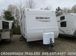 Used 2011  Keystone Hideout 26B by Keystone from Crossroads Trailer Sales, Inc. in Newfield, NJ