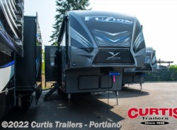 New 2018  Keystone Fuzion 417 by Keystone from Curtis Trailers in Portland, OR