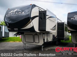 New 2018  Keystone Montana High Country 305rl by Keystone from Curtis Trailers in Beaverton, OR