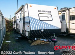 New 2018  Coachmen Clipper 17fqs by Coachmen from Curtis Trailers in Beaverton, OR