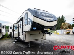 New 2019  Keystone Cougar Half-Ton 32dbh by Keystone from Curtis Trailers in Beaverton, OR
