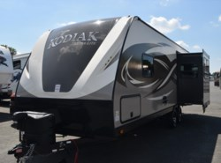 New 2017  Dutchmen Kodiak 252RLSL by Dutchmen from Diamond RV Centre, Inc. in West Hatfield, MA