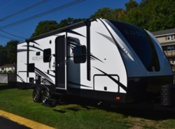 New 2017  Dutchmen Kodiak 230RBSL by Dutchmen from Diamond RV Centre, Inc. in West Hatfield, MA