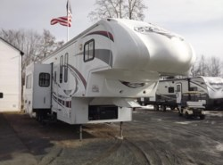 Used 2012  Heartland RV Cyclone 370C Ti Titanium Edition by Heartland RV from Diamond RV Centre, Inc. in West Hatfield, MA