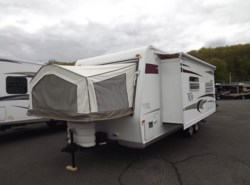 Used 2009  Forest River Rockwood Roo 23SS by Forest River from Diamond RV Centre, Inc. in West Hatfield, MA