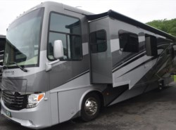 Used 2016  Newmar Ventana LE 3709 by Newmar from Diamond RV Centre, Inc. in West Hatfield, MA