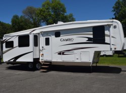 Used 2008  Cameo  35SB3 by Cameo from Diamond RV Centre, Inc. in West Hatfield, MA