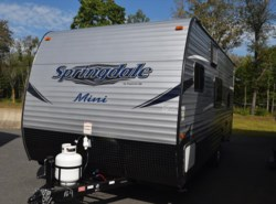 New 2018  Keystone Springdale Summerland Mini 1800BH by Keystone from Diamond RV Centre, Inc. in West Hatfield, MA