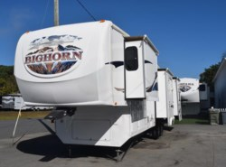Used 2008  Heartland RV Bighorn 3670RL by Heartland RV from Diamond RV Centre, Inc. in West Hatfield, MA