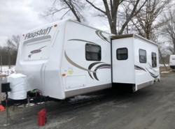 Used 2011  Forest River Flagstaff 831RKSS by Forest River from Diamond RV Centre, Inc. in West Hatfield, MA