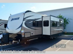 Used 2016  Forest River  Avenger 28DBS by Forest River from Dick Gore's RV World in Jacksonville, FL