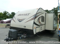 Used 2015  Keystone Bullet 308BHS by Keystone from Driftwood RV Center in Clermont, NJ